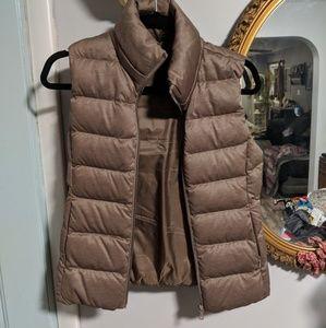 UNIQLO Tan Puffer Vest
